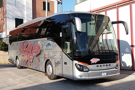 setra 515 haring 54 posti fronte 435px